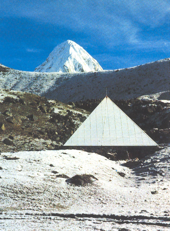 Piramide sull'Everest